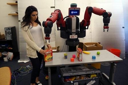 رباتی با توانایی یادگیری تمایز بین دستورها