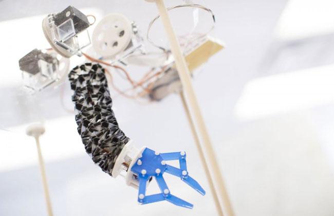 ربات منعطف و اریگامی