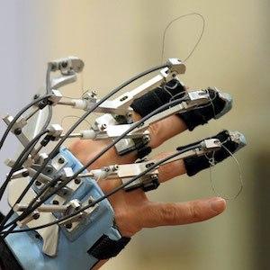 ربات های توانبخشی . شرکت رباتیک نوژان